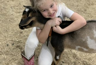 Manna Pro® Celebrates 4-H Partnership with Photo Sweepstakes and Fundraiser