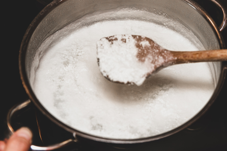 Using Kefir and Clabbered Milk Cultures in Cheesemaking